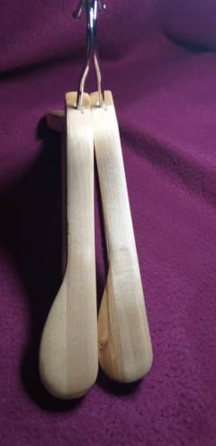 Вешалка деревянная широкая усиленная
